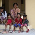 Setabo grandma with 4 of her 19 grandkids